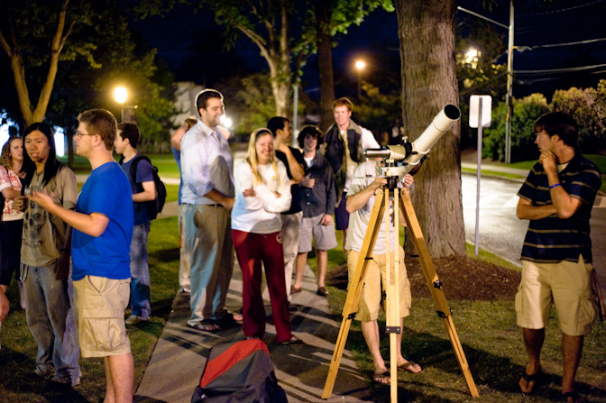 Cool College Kidz Hang Around My Telescope